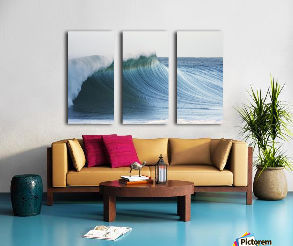 Hawaii, Oahu, Beautiful Wave Breaking. Split Canvas print