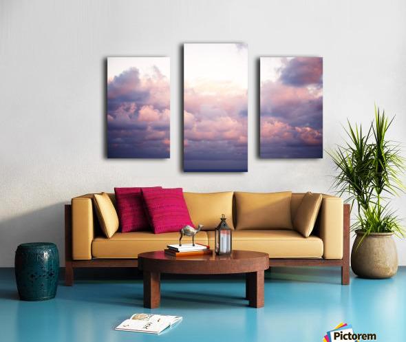 Cumulous pink clouds over horizon; Aina Haina, Oahu, Hawaii, United States of America Canvas print