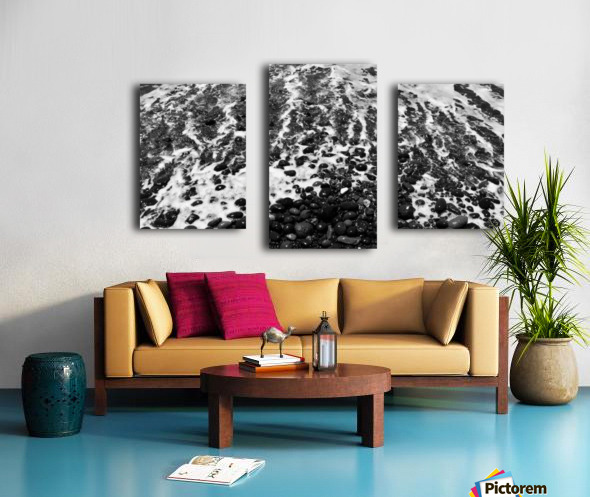 The Beach - Ocean waves in Black and White Canvas print
