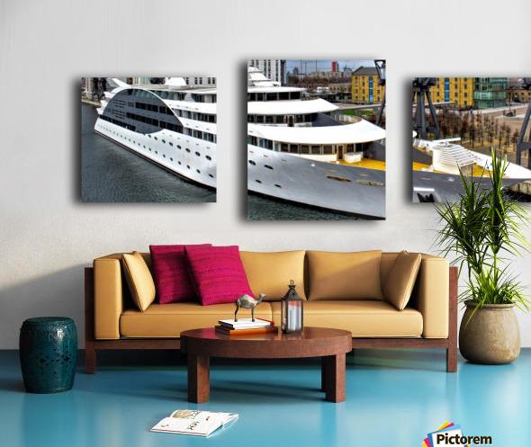 Cruise ship - Super Panoramic Canvas print