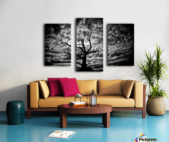 Spooky tree Canvas print