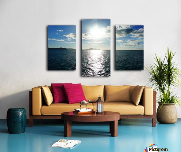 Sea Sun Canvas print