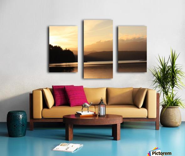 Dewatto glow Canvas print
