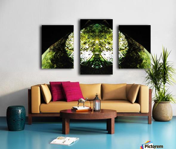 1538532649105 Canvas print