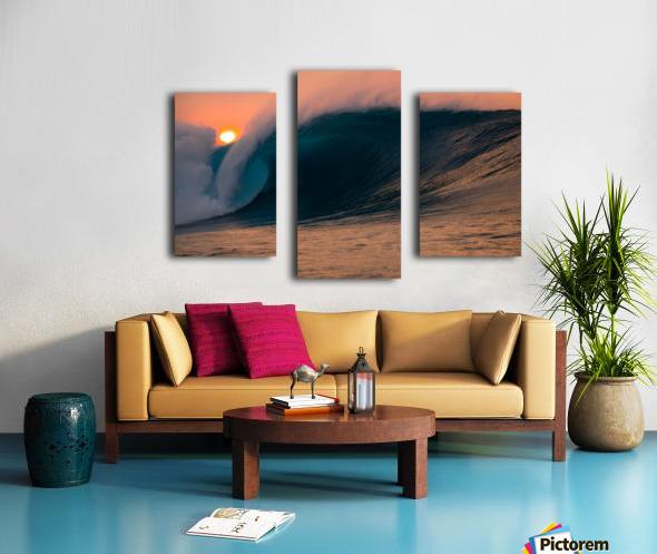 Giant surf Canvas print