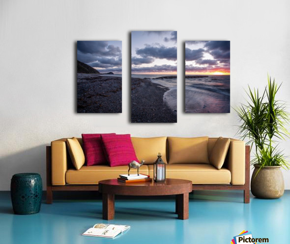 Washed by the sea Canvas print