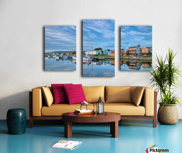 In The Harbour Canvas print