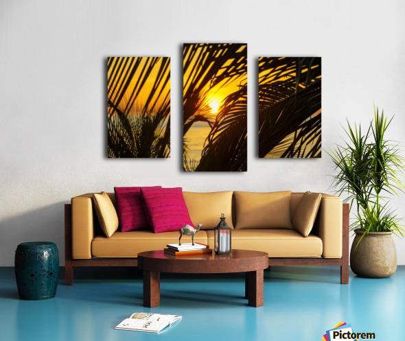 Sunrise through the palms Canvas print