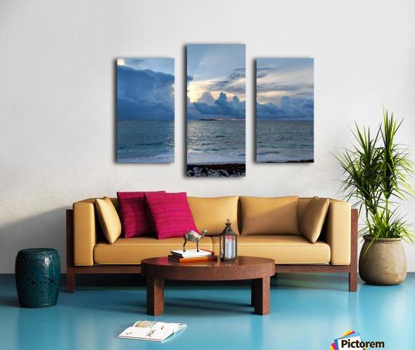 Eleuthera Sun Ray 2 Canvas print