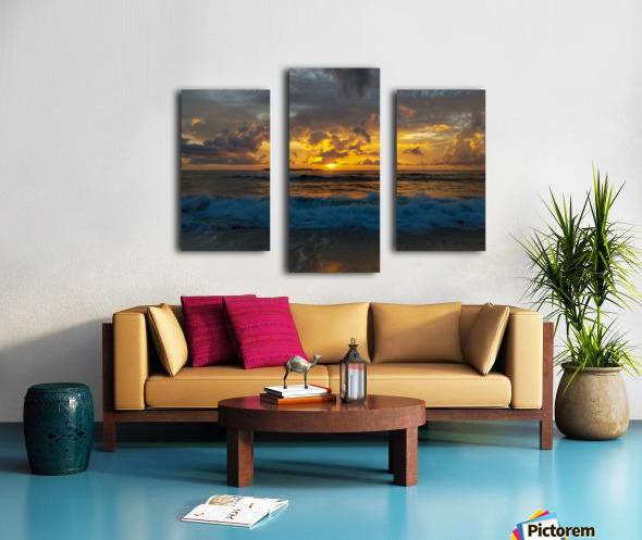 Eleuthera Sunrise splashdown Canvas print