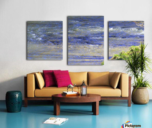 Calming waters Canvas print