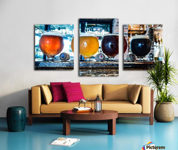 Good Beer with Good Friends Canvas print