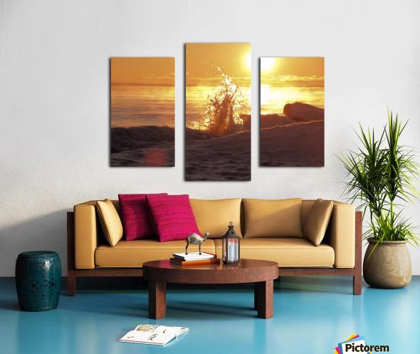 A Splash of Sunrise Canvas print