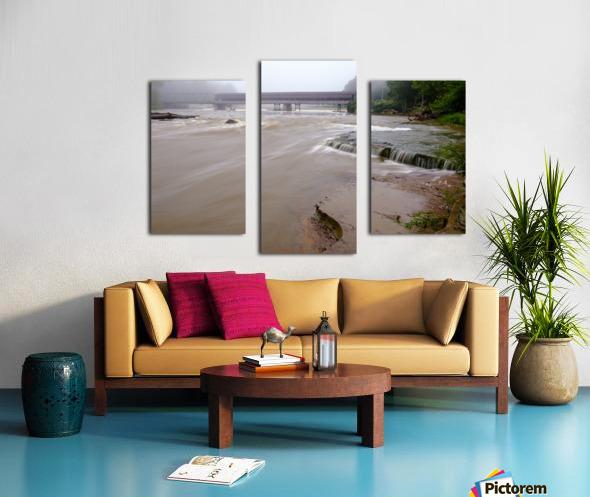 Grand River rapids at Harpersfield Covered Bridge Ohio Canvas print