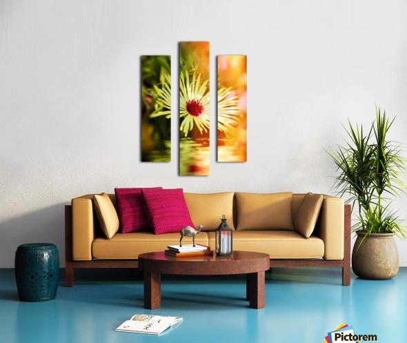 Sun worshippers yellow Canvas print