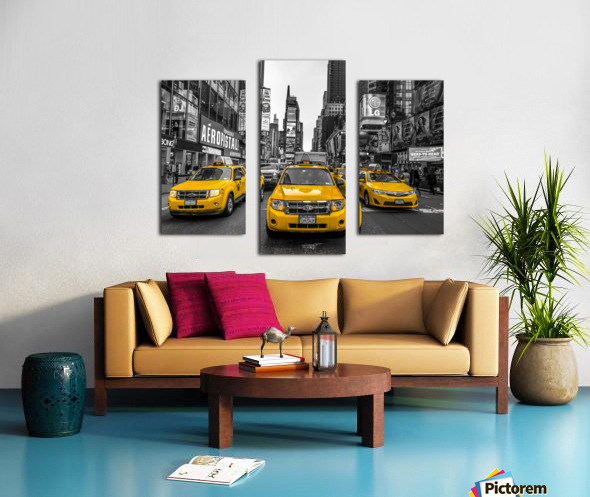Taxi on broadway, New York Canvas print
