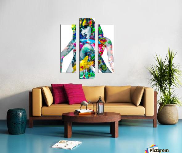 SUZANNE  Canvas print