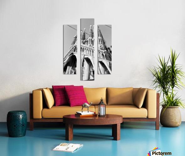 Barcelona Cathedral - La Sagrada Familia in black and white Canvas print