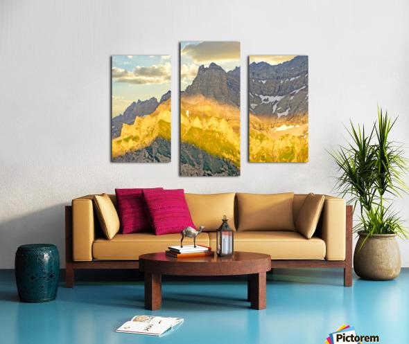 Golden Rays of the Sun Across the Swiss Alps Canvas print