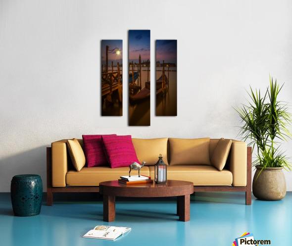 VENICE Gondolas during Blue Hour Canvas print