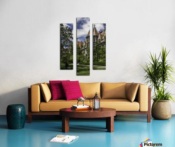 College Green Canvas print