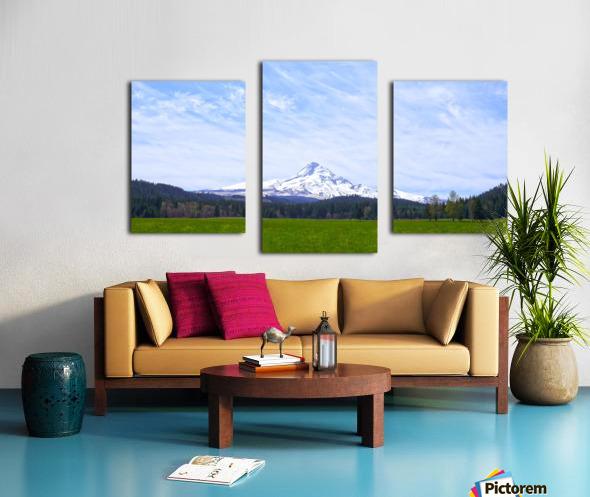 Majestic Mount Hood   Cascade Mountain Range Oregon Canvas print