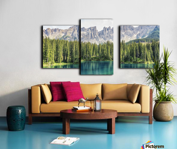 Turquoise Lake Canvas print