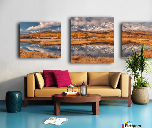 Mirror for mountains Canvas print