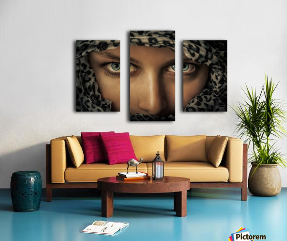 Woman with scarf Canvas print