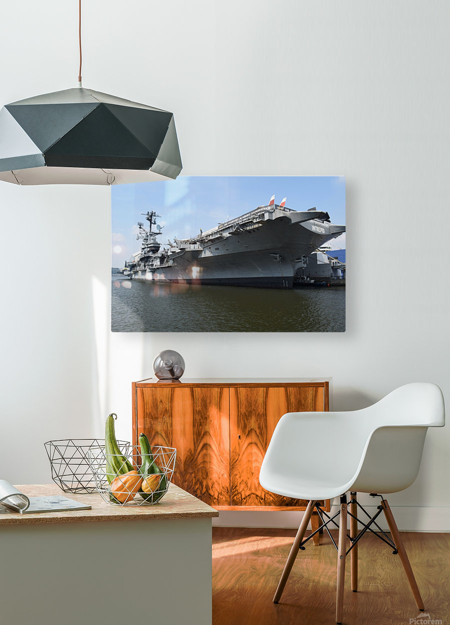 THE INTREPID, NEW YORK  HD Metal print with Floating Frame on Back