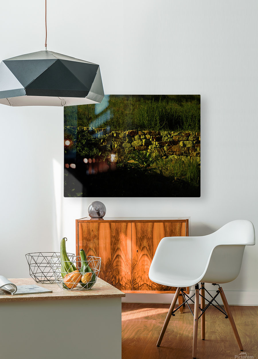 G (9)  HD Metal print with Floating Frame on Back