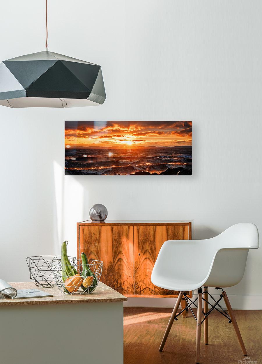 PNPG2989  HD Metal print with Floating Frame on Back
