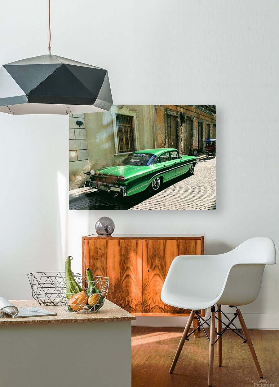Cuba Past and Present  HD Metal print with Floating Frame on Back