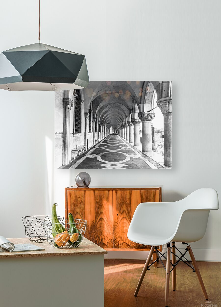 Doge's Palace archway in Venice, Italy  HD Metal print with Floating Frame on Back