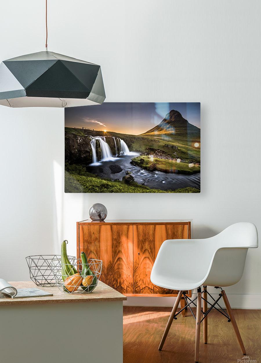 Fairy-Tale Countryside in Iceland  Impression métal HD avec cadre flottant sur le dos
