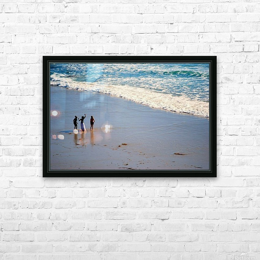 3 girls on California beach HD Sublimation Metal print with Decorating Float Frame (BOX)