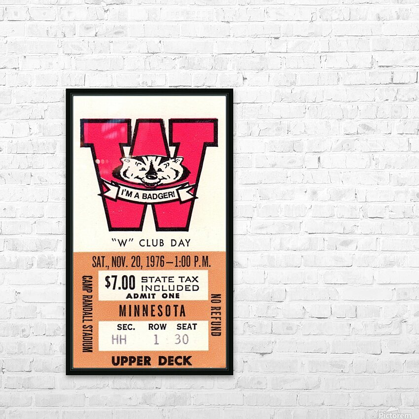 1976 Wisconsin vs. Minnesota HD Sublimation Metal print with Decorating Float Frame (BOX)