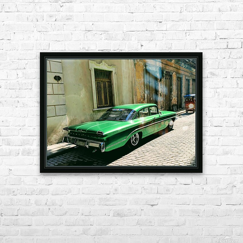 Cuba Past and Present HD Sublimation Metal print with Decorating Float Frame (BOX)