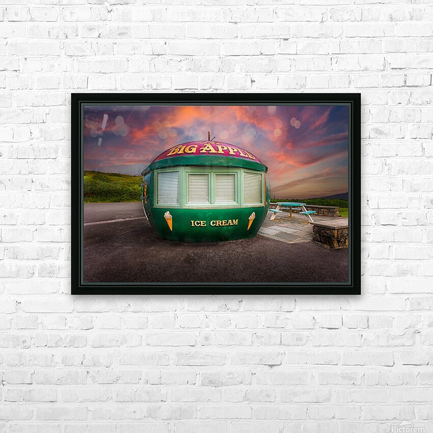 Big Apple Kiosk in Mumbles HD Sublimation Metal print with Decorating Float Frame (BOX)