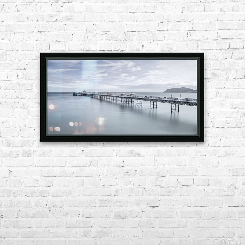 Llandudno Pier, North Wales HD Sublimation Metal print with Decorating Float Frame (BOX)