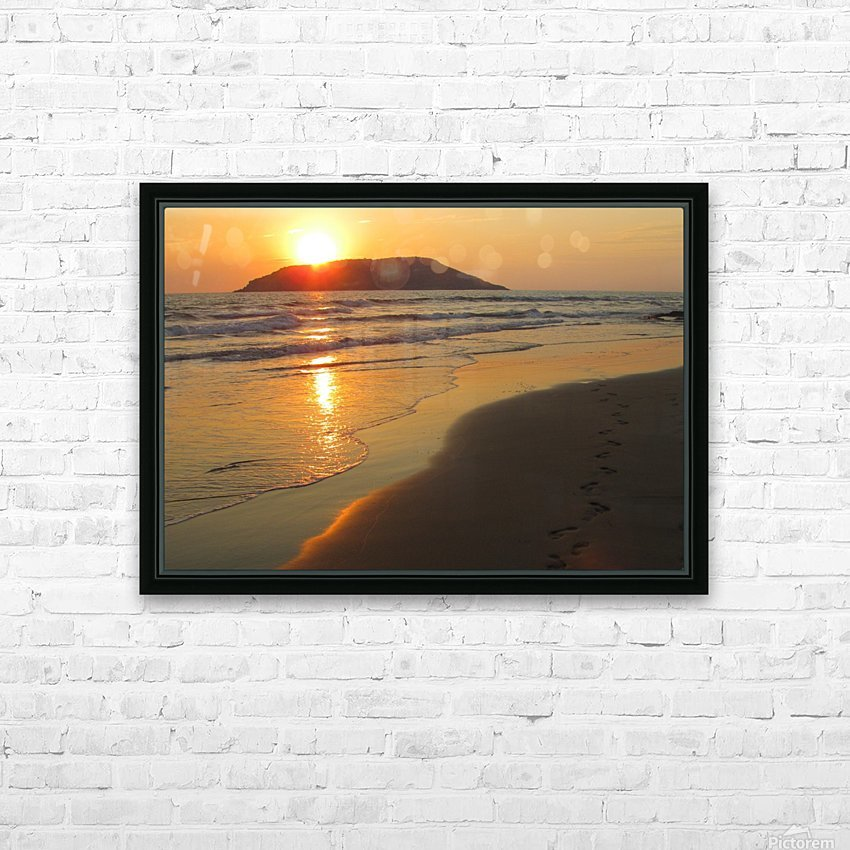 Footprints in the Sand 2 HD Sublimation Metal print with Decorating Float Frame (BOX)