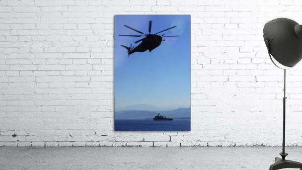 A CH-53E Super Stallion helicopter.
