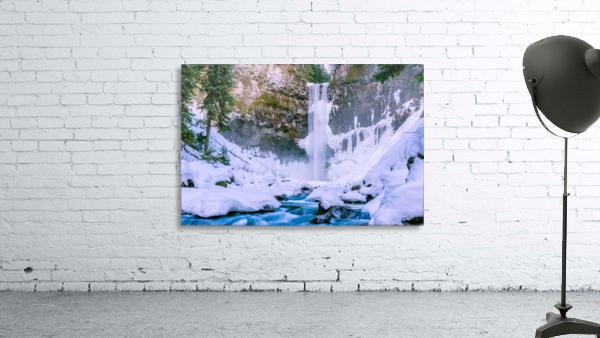 Semi frozen falls