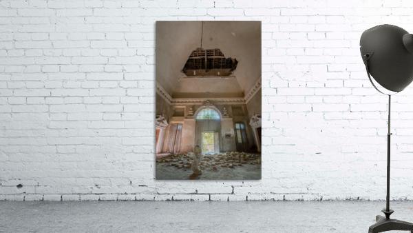 Abandoned Villa Decaying