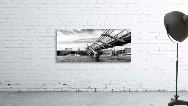 River Thames - London city skyline