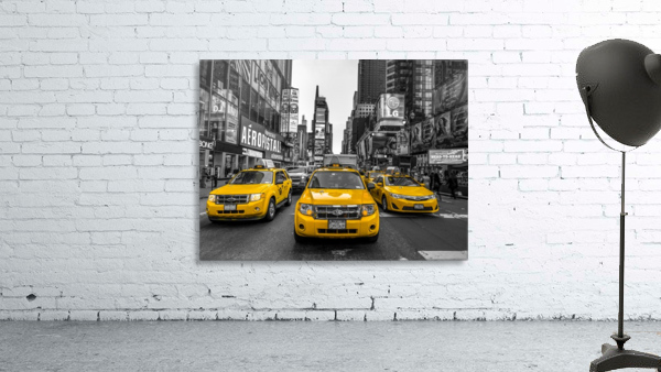Taxi on broadway, New York