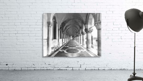 Doge's Palace archway in Venice, Italy