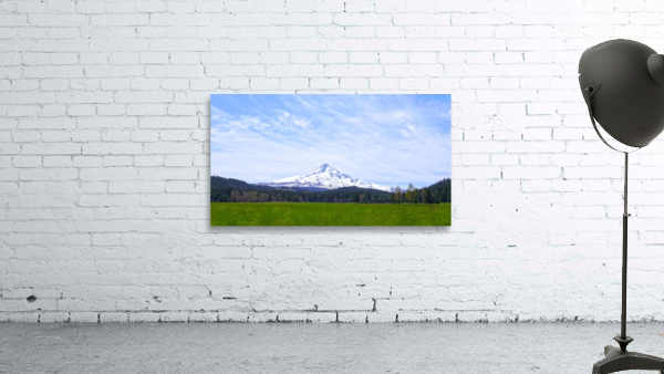 Majestic Mount Hood   Cascade Mountain Range Oregon