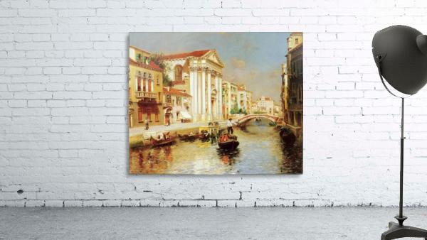 Along the Venetian Canal