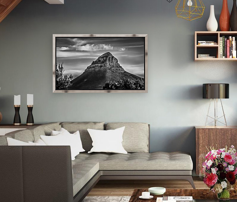LionsHeadBW with Floating Frame